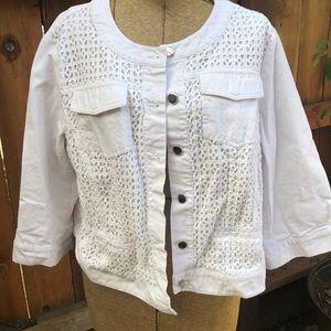 Roz & Ali white jacket 2X
